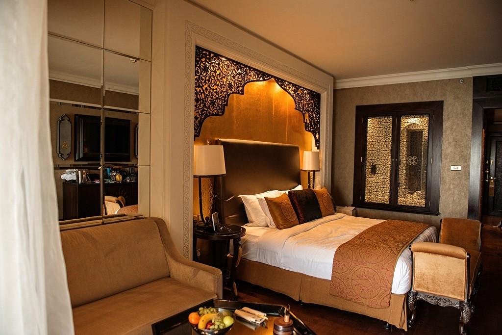 Jumeirah Zabeel Sarey Hotel Room